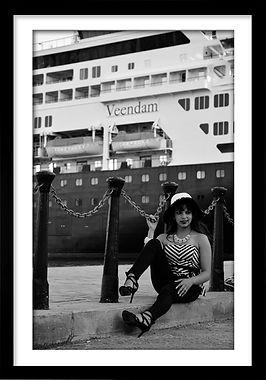 CUBA GIRL VEENDAM.jpg
