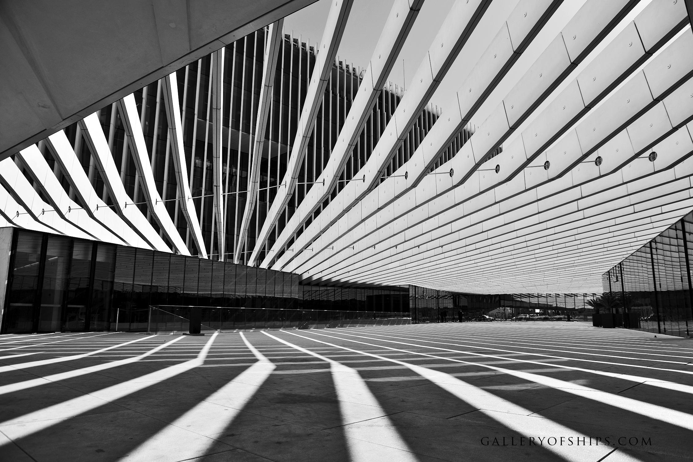 LISBON ARCHITECTURE MODERN