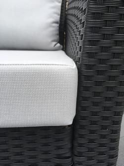 Custom-made outdoor cushions
