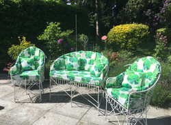 Bespoke fitted garden cushion set with matching scatters