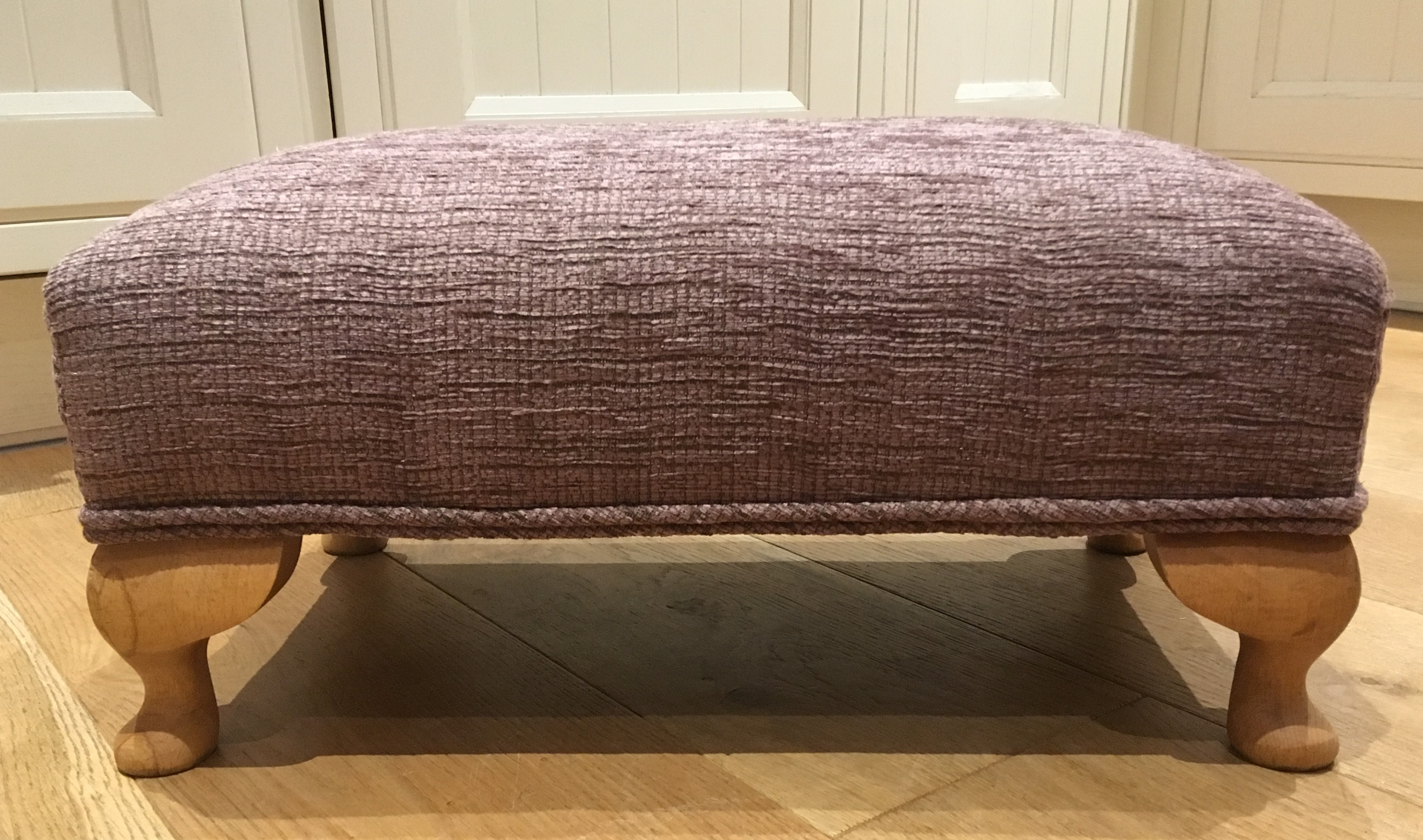 Bespoke small-sized footstool