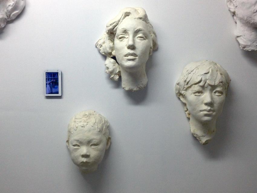 Faces 얼굴들