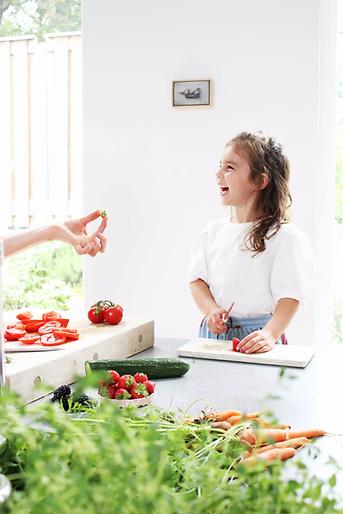 plezier in de keuken, samen groente snij