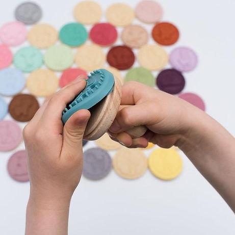 we might be tiny koekjes uitstekers stampies-animal-cookie-stamps-changeable_800x.jpg