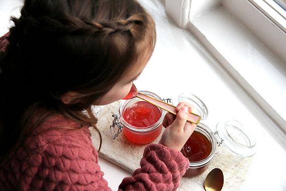 Aardbeien thee gelei