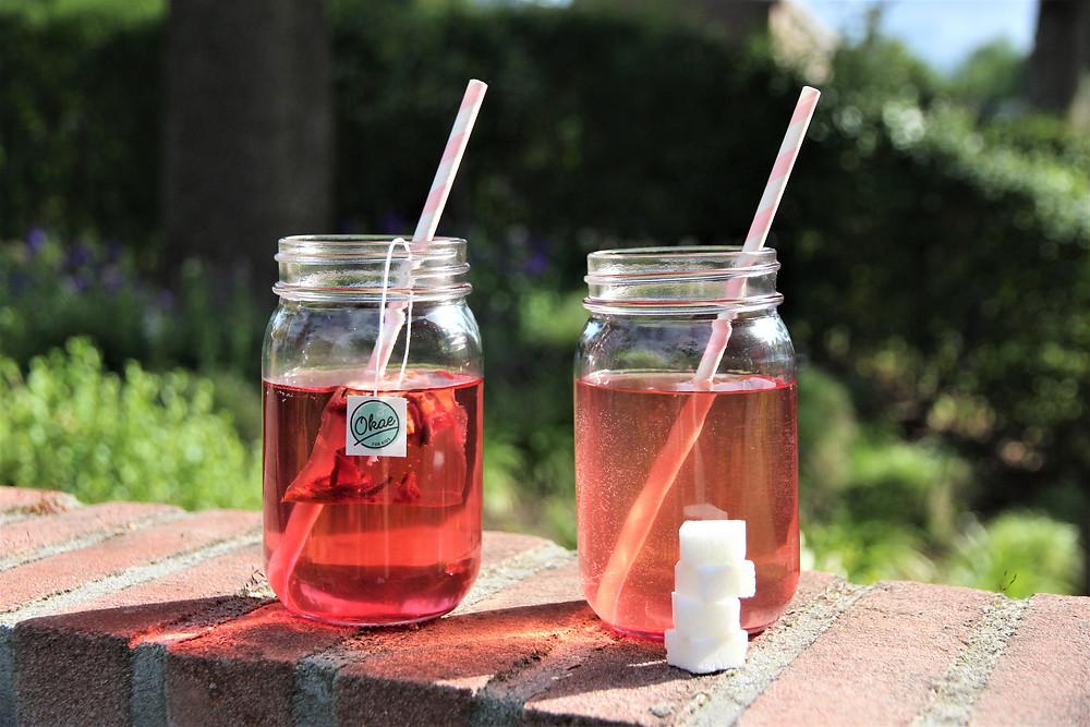 suikerklontjes in aanmaak limonade versus suikervrije thee voor kinderen