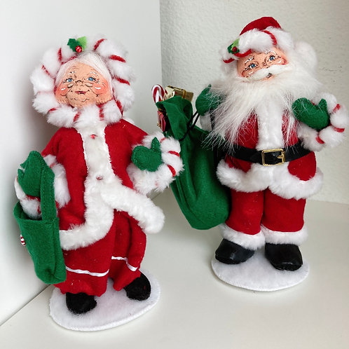 Vintage Annalee Set of Mr. & Mrs. Claus Fabric Standing Figurines