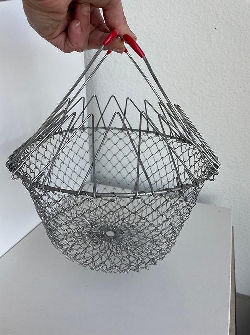 Vintage Collapsible Egg/Fruit Mesh Basket w/Handles