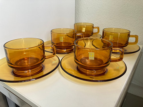Set of 5 Vintage Soga Glass Clear Amber Coffee/Tea Glasses w/ Saucers