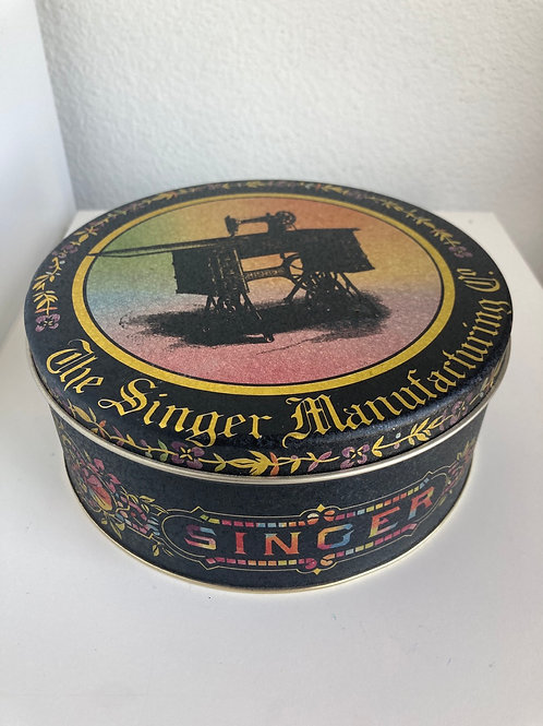 Vintage Singer Manufacturing Co. Tin Box