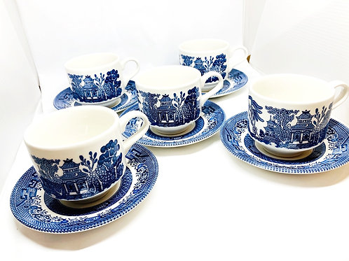 Set of 5 Vintage Churchill England Blue Willow Tea Cups & Saucers