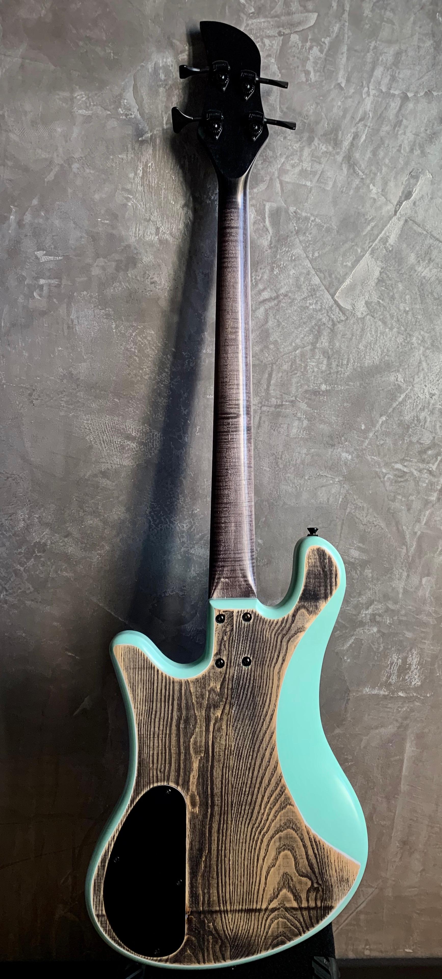 Swing bass gallucci 2