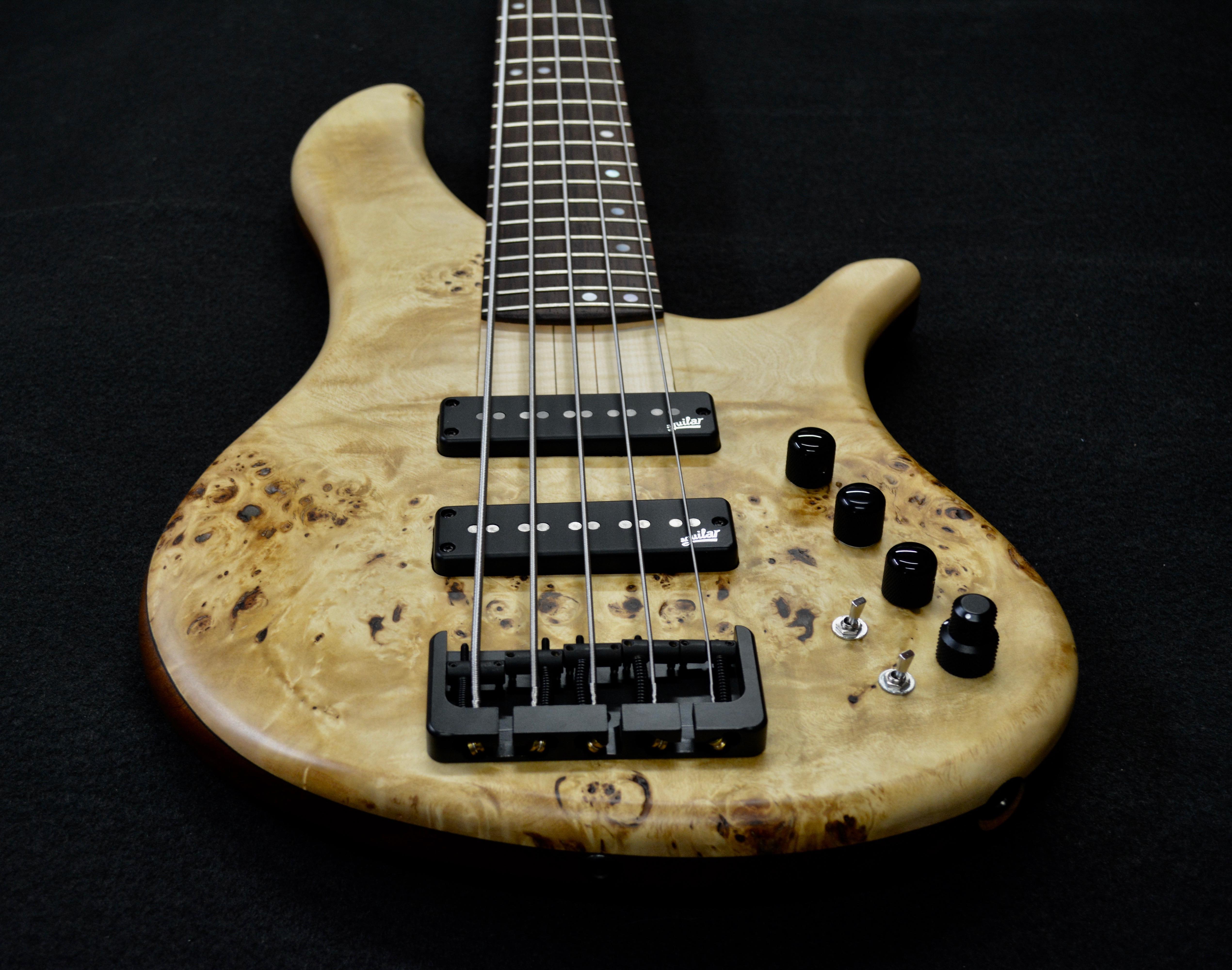 Gens Bass