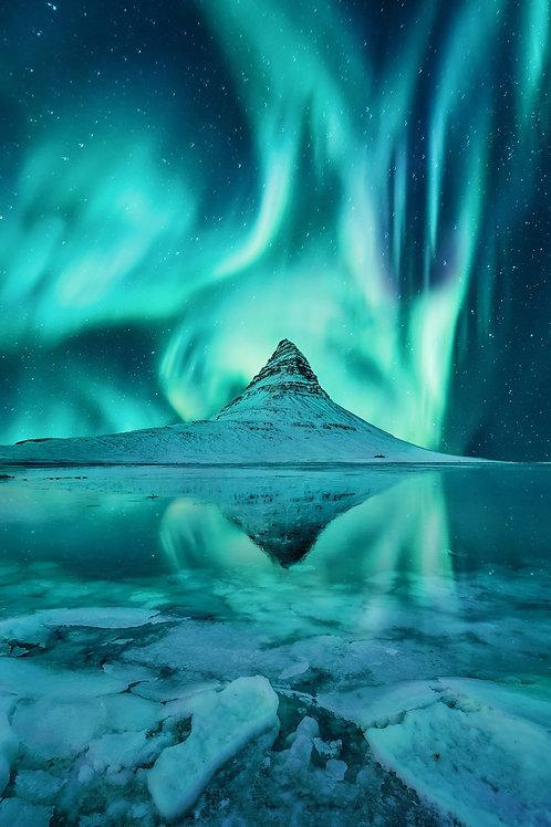 Iconic Icelandic Aurora