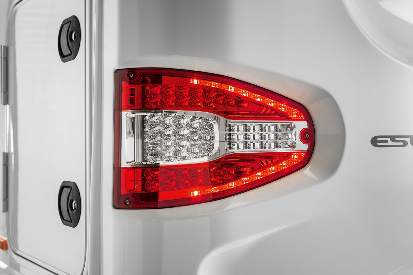 21[EXT]-Escape-LED-Rear-Light-Cluster-[SWIFT]
