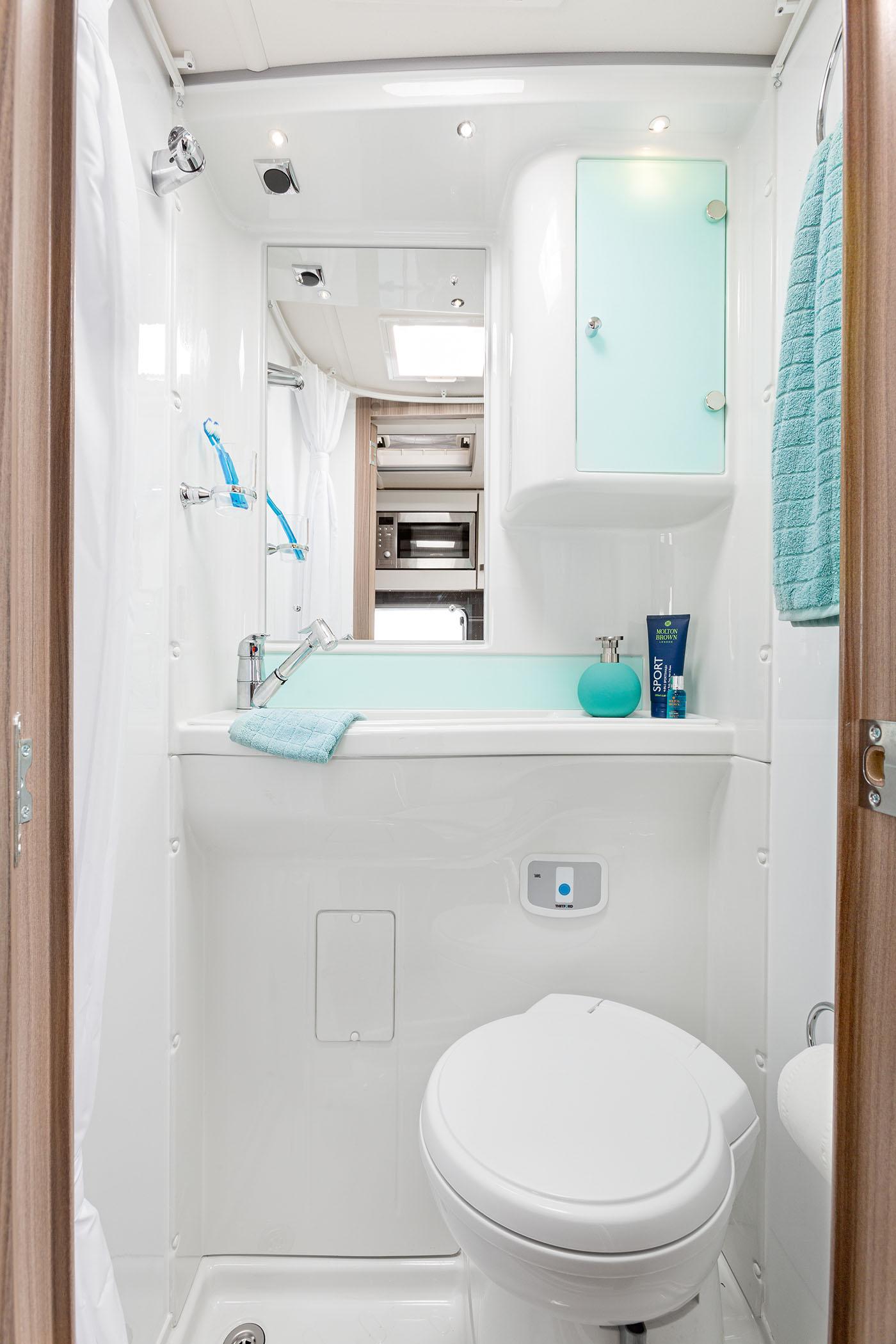 [INT]-Rio-325-Washroom-[SWIFT]