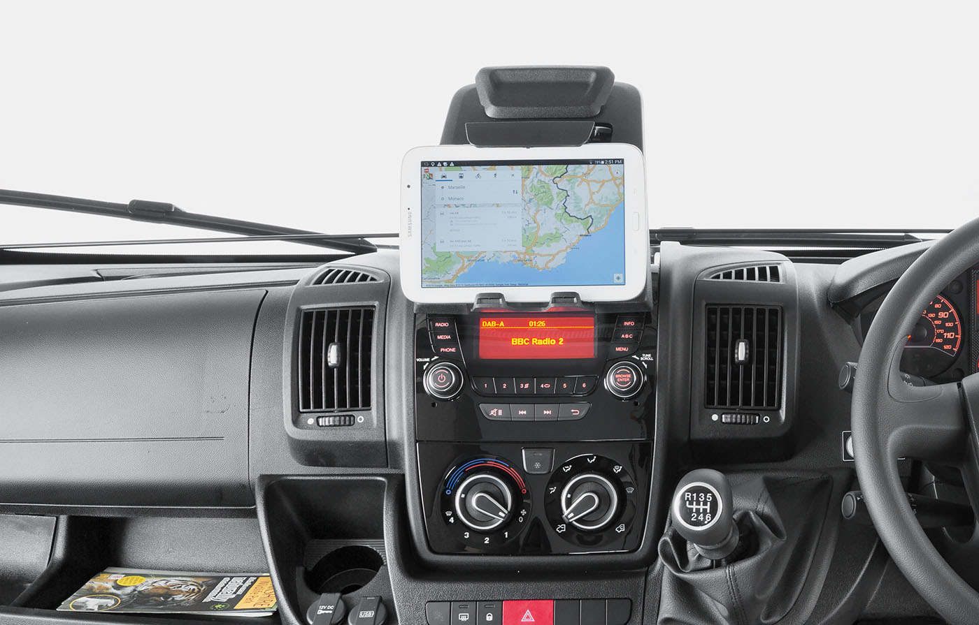 30[INT]-Escape-Dashboard-Tablet-Holder-[SWIFT]