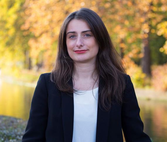 Marine Tondelier, conseillère municipale écologiste d'opposition à Henin-Beaumont.