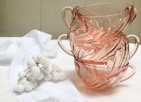 Lot de 5 tasses roses transparantes