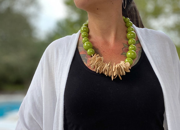 Cosmopolitan Necklace/short - Lime Green