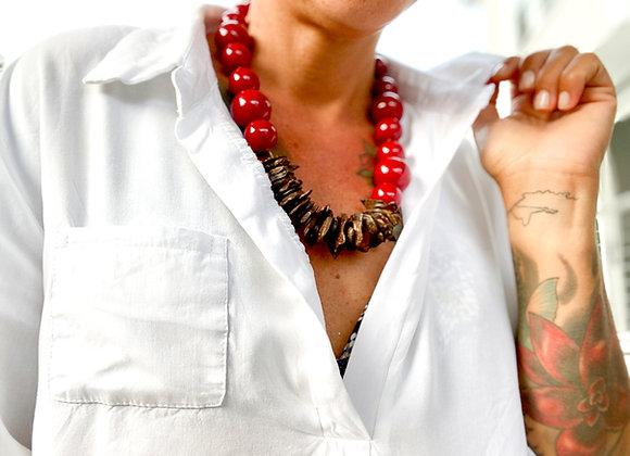 Cosmopolitan Necklace/short - Red/ dark coconut