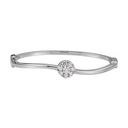 14K White 1 CTW Diamond Circle Bangle Bracelet