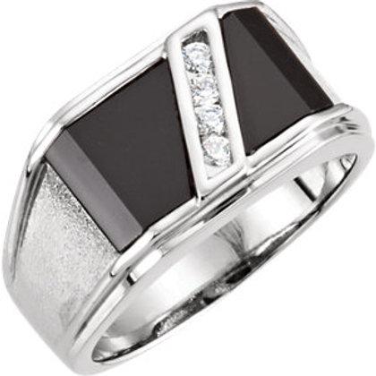 14K White Men's Onyx & 1/8 CTW Diamond Ring
