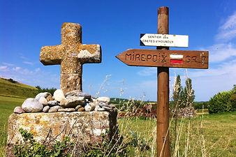 Compostelle, Chemin du Piémont, chemin de croix