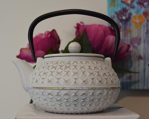 Avanti Empress Cast Iron Tea Pot 900ml