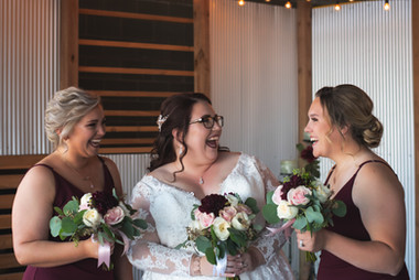 bridal-party-bridesmaids-lavista-nebraska-emdukat-photography.jpg