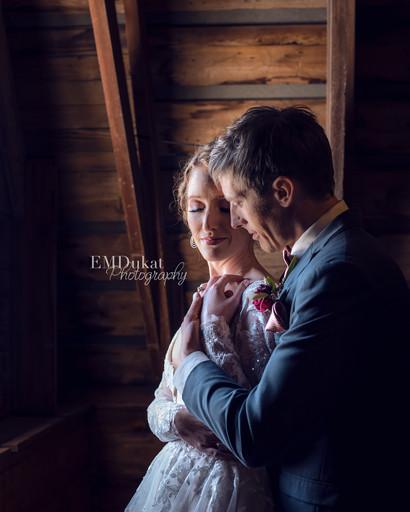 Styled-Wedding-Ackerhurst-Barn-Nebraska-