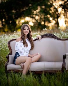teen-rustic-couch-field-nebraska-emdukat