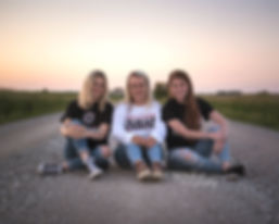 Friends-Gretna-Nebraska-EMDukat-Photogra