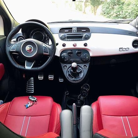 Fiat 500 após receber o serviço de higienização interna