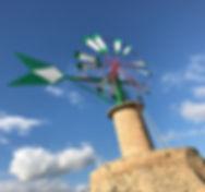 Windmühlen sind ein Wahrzeichen von Mallorca und Namensgeber von Molinar