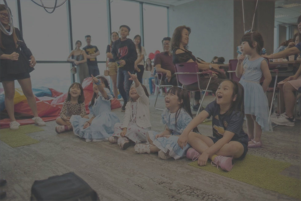 Magic show in Singapore for childrens