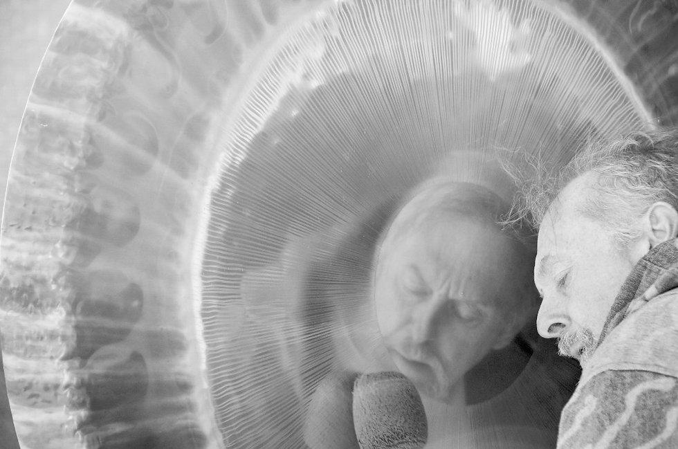Playing the gong, Paul Dane, Gongspace