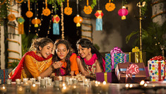 Best-Festivals-to-Witness-in-November-in