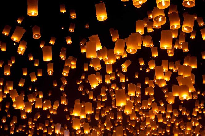 Yee-Peng-Festival-floating-lanterns-in-C