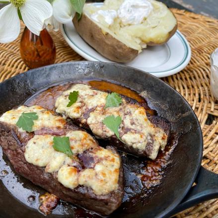Minute Steak à la Roquefort