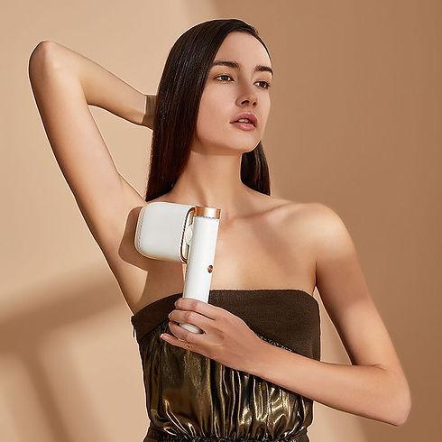 מכשיר bosidin בוסידין להסרת שיער דוגמנית.jpg