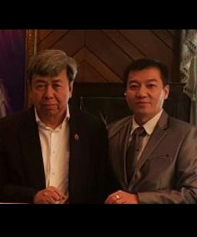 King of Malaysia Abdullah of Pahang and Daniel Liau Wee Seng