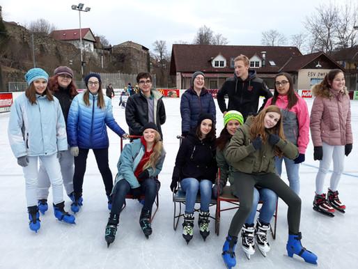 Eislauf-Ausflug nach Zwettl im Rahmen des Mädchen- Sportunterrichts