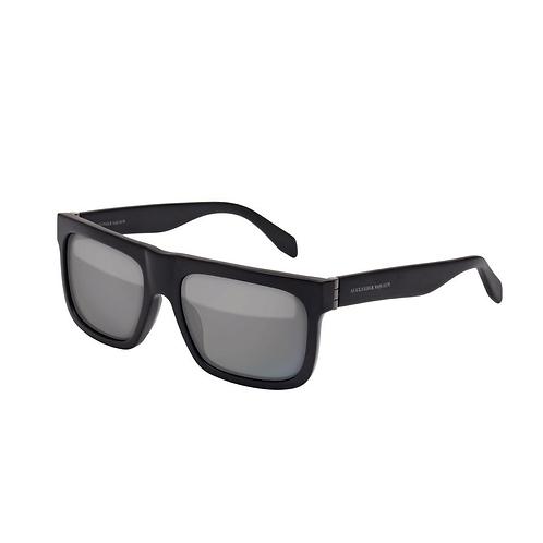 Alexander McQueen AM0037s 001 Mat Black Sunglasses Sonnenbrille Grey Lenses