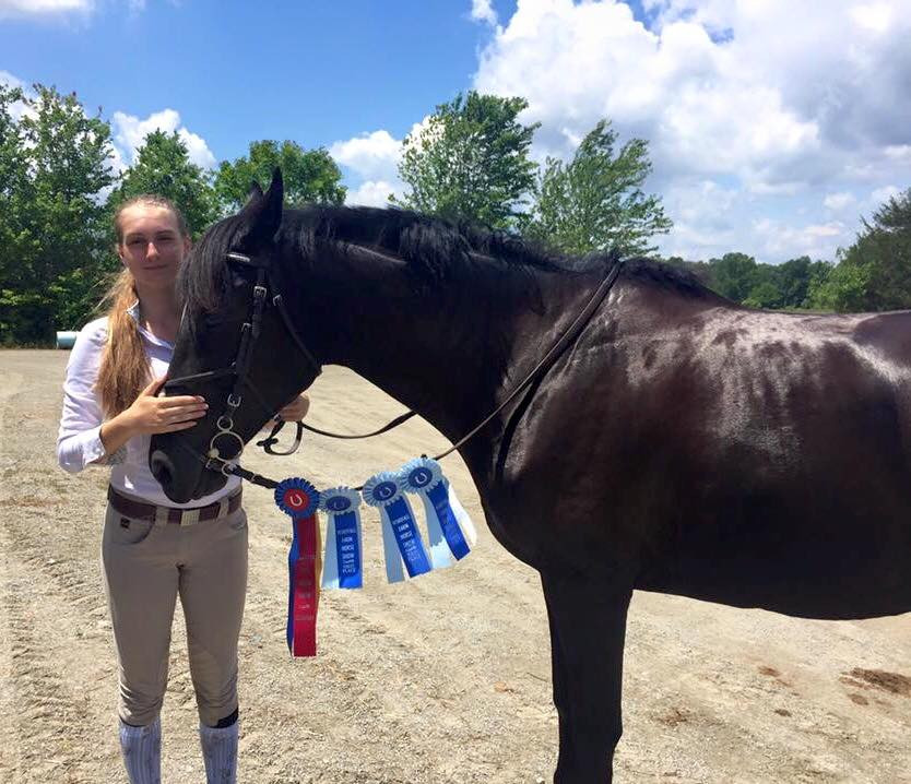 Isabel and Mint Julip are unbeatable in the jumper ring!