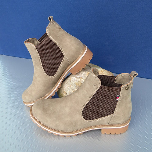 Boots Chelsea