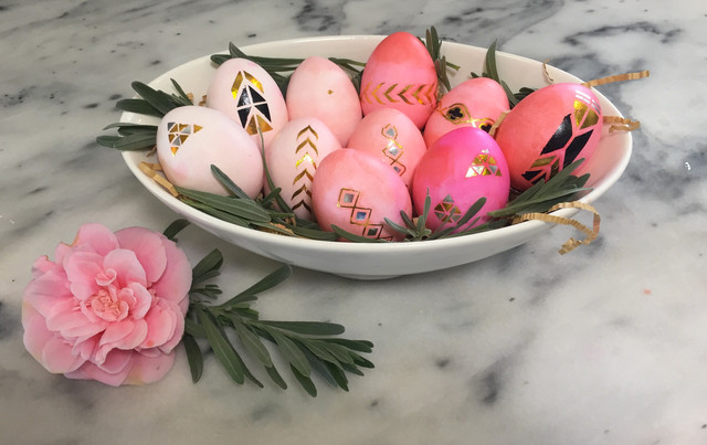 Ombre & Flash Tat Easter Eggs