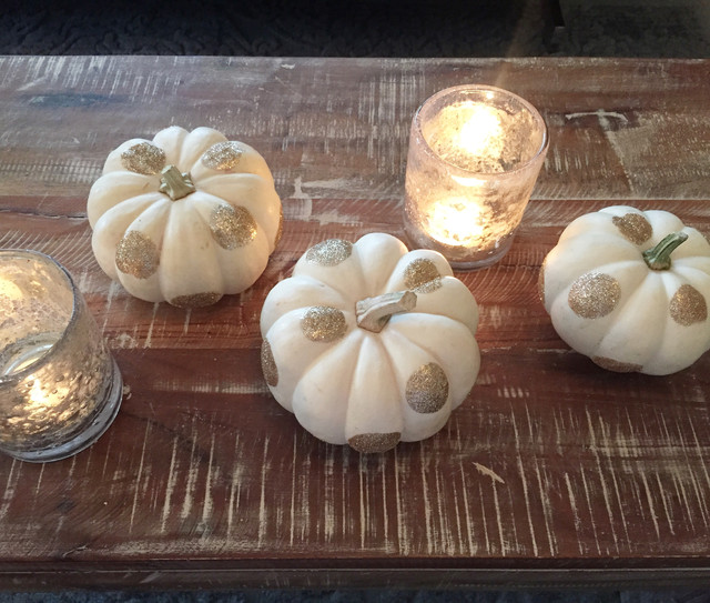 Super Easy DIY Gold Pumpins