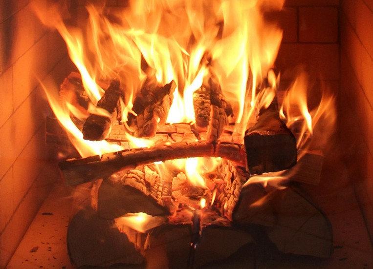 Ofenbau Holzapfel Feuer Kachelofen