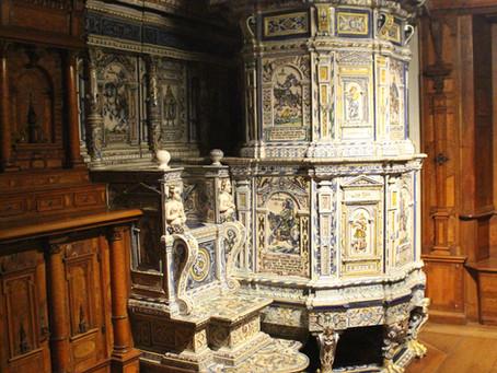 Historisch wertvoller Winterthurer Seidenhof Kachelofen